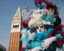 Tour du monde des plus grands carnavals